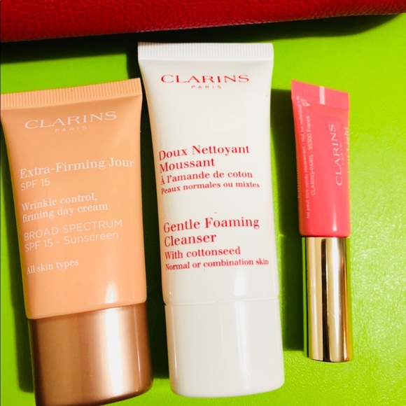 clarins Other - Clarins beauty set new travel
